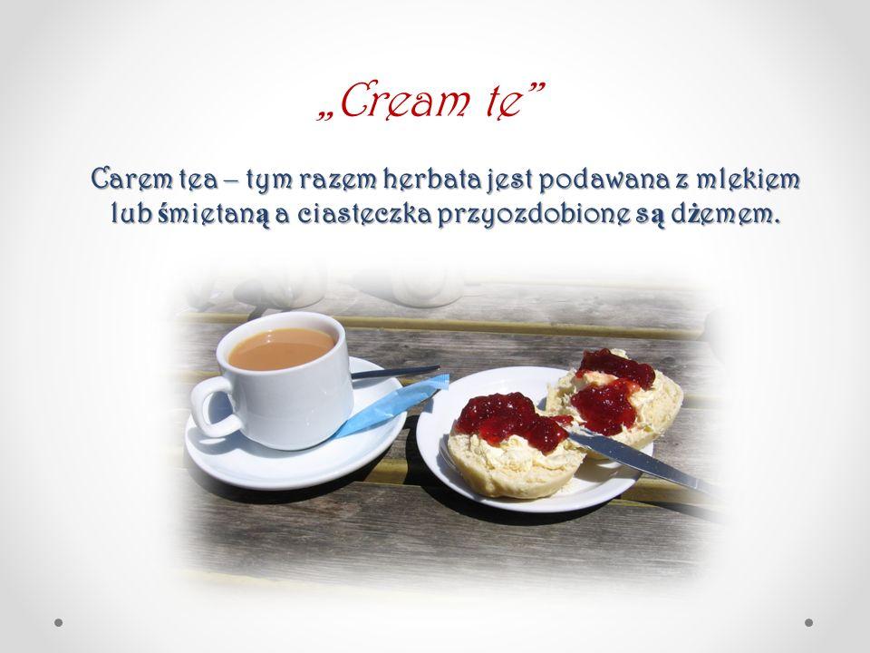 """Carem tea – tym razem herbata jest podawana z mlekiem lub ś mietan ą a ciasteczka przyozdobione s ą d ż emem. """"Cream te"""""""