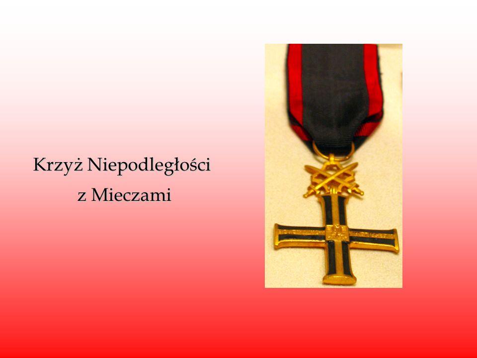 Krzyż Niepodległości z Mieczami