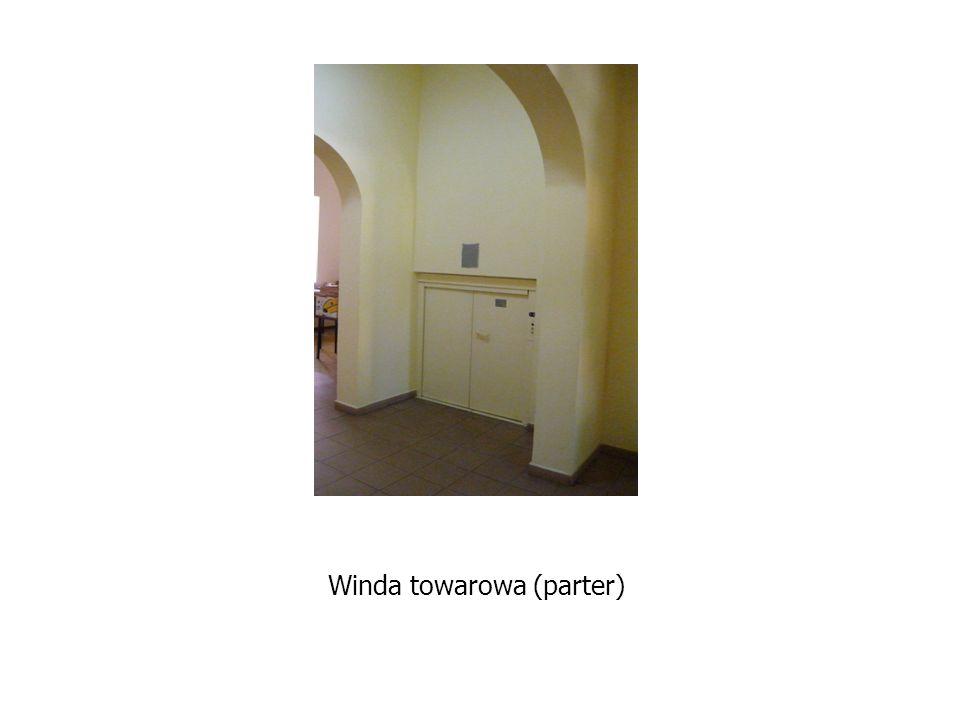 Winda towarowa (parter)