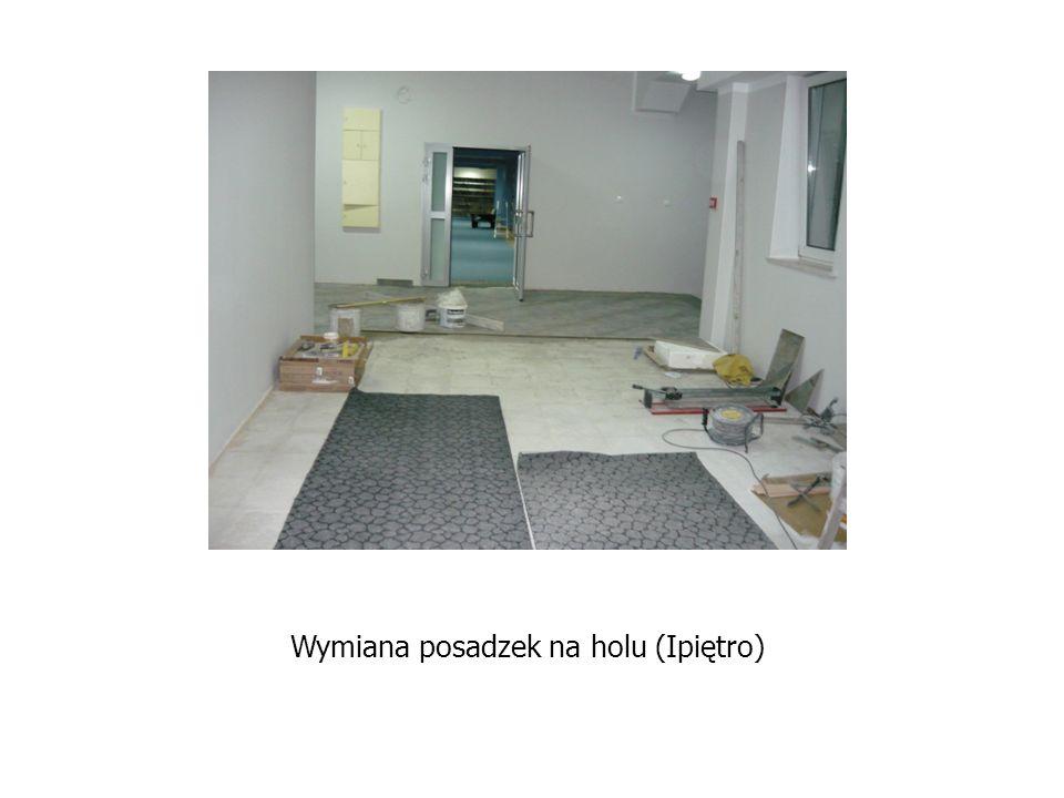 Wymiana posadzek na holu (Ipiętro)