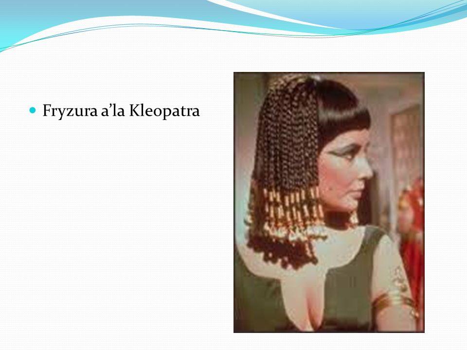 Ubiór w starożytnym Egipcie Ubiór egipski w okresie 3000-1550 p.n.e.