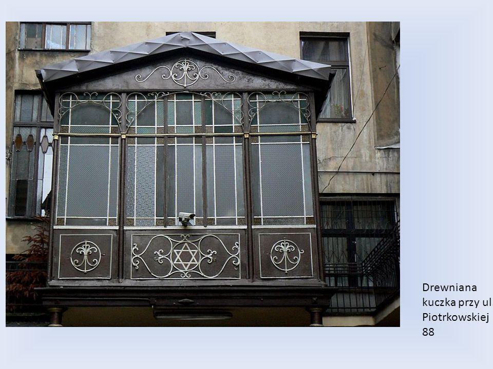 Drewniana kuczka przy ul. Piotrkowskiej 88