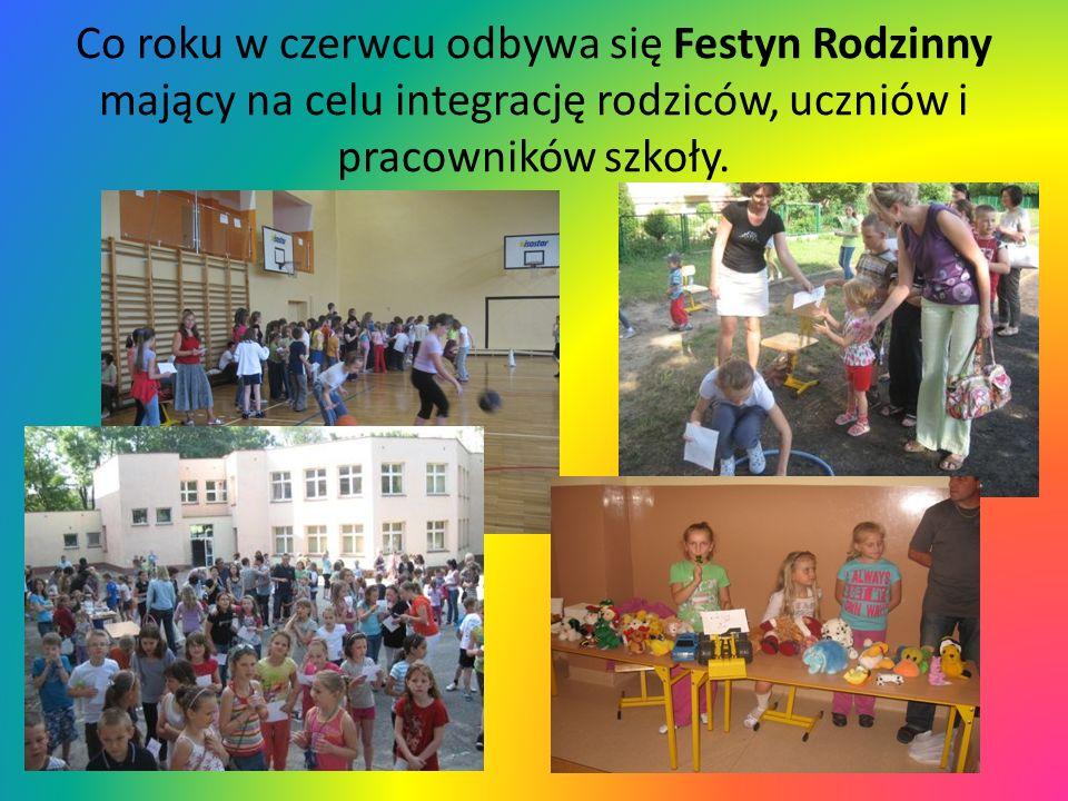 Co roku w czerwcu odbywa się Festyn Rodzinny mający na celu integrację rodziców, uczniów i pracowników szkoły.
