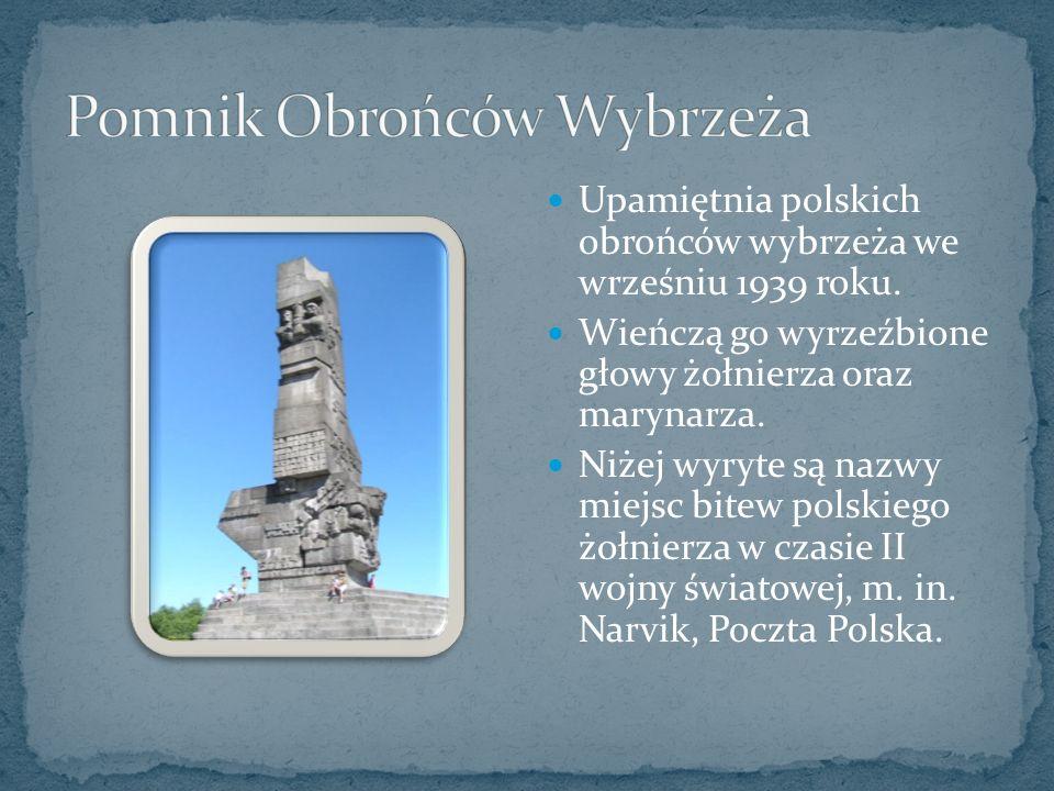 Upamiętnia polskich obrońców wybrzeża we wrześniu 1939 roku.