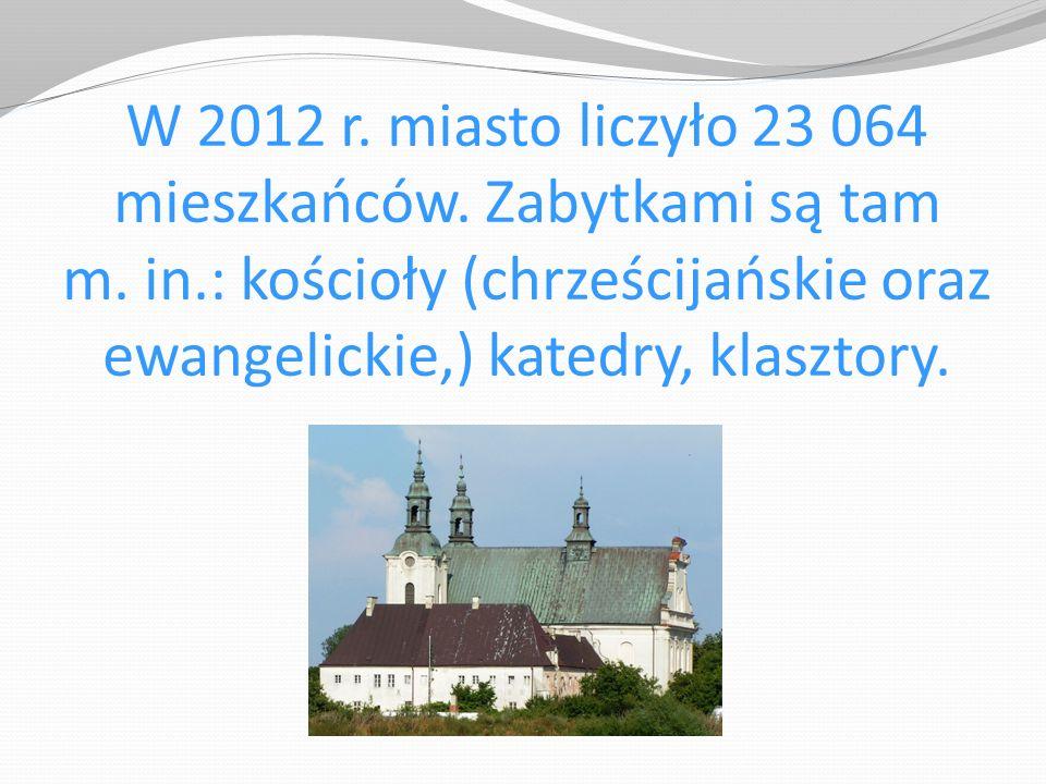 W 2012 r. miasto liczyło 23 064 mieszkańców. Zabytkami są tam m. in.: kościoły (chrześcijańskie oraz ewangelickie,) katedry, klasztory.