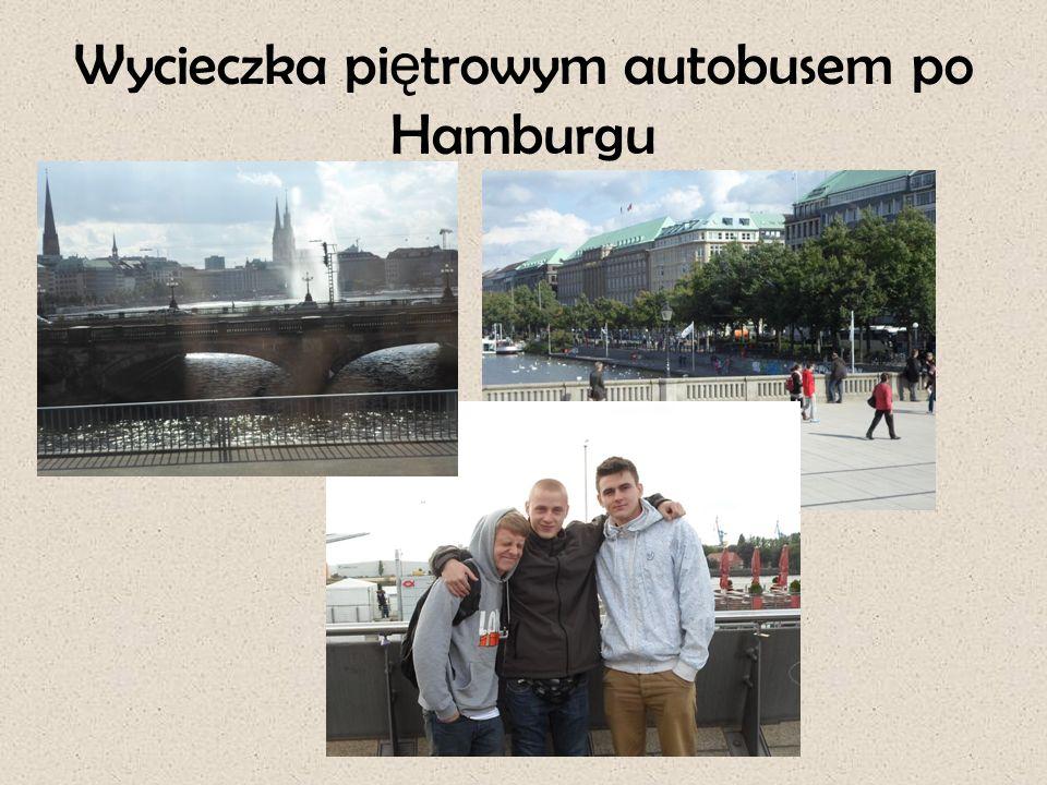 Wycieczka pi ę trowym autobusem po Hamburgu