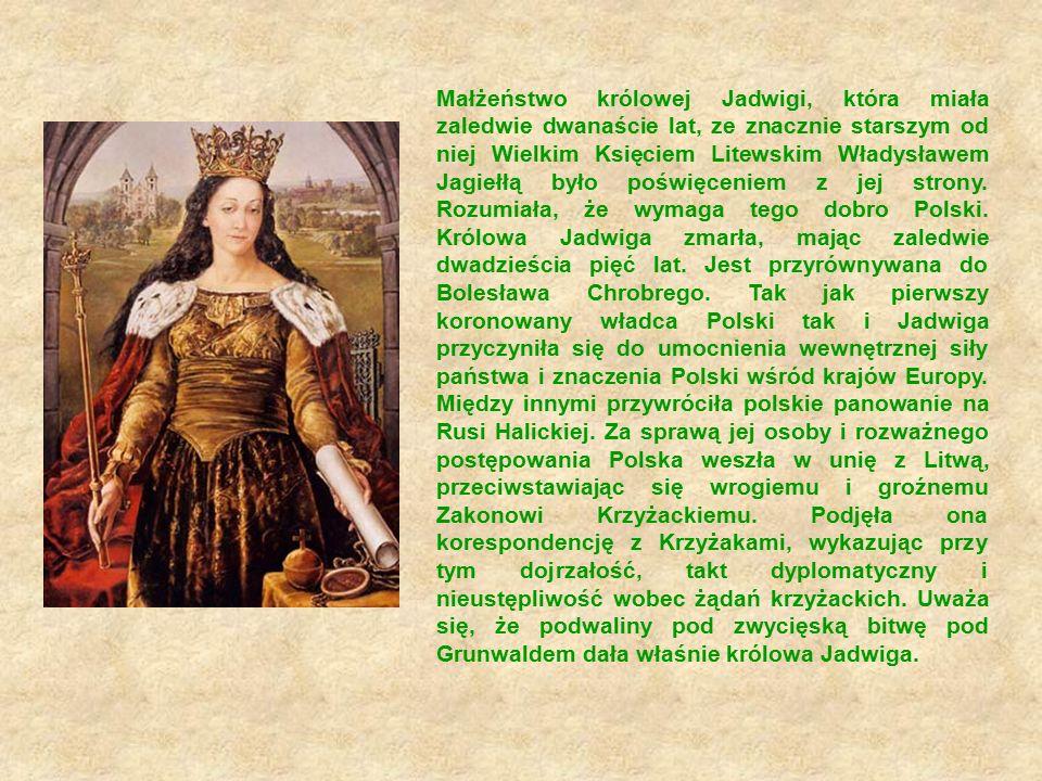 Królowa lubiła muzykę, tańce i śpiew.