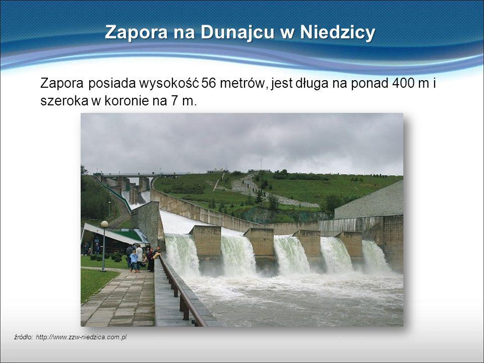 Zapora posiada wysokość 56 metrów, jest długa na ponad 400 m i szeroka w koronie na 7 m. Zapora na Dunajcu w Niedzicy źródło: http://www.zzw-niedzica.