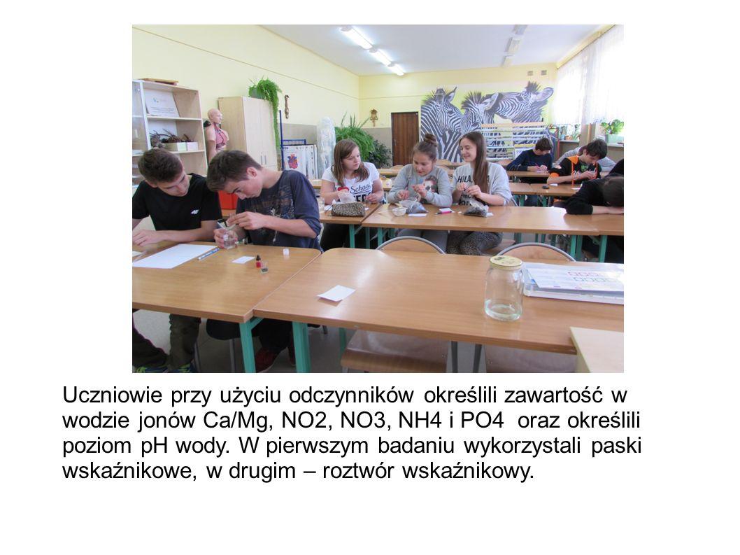 Nową ekopracownię przyrodniczą wykorzystywali inni nauczyciele w celu przeprowadzania własnych zajęć.