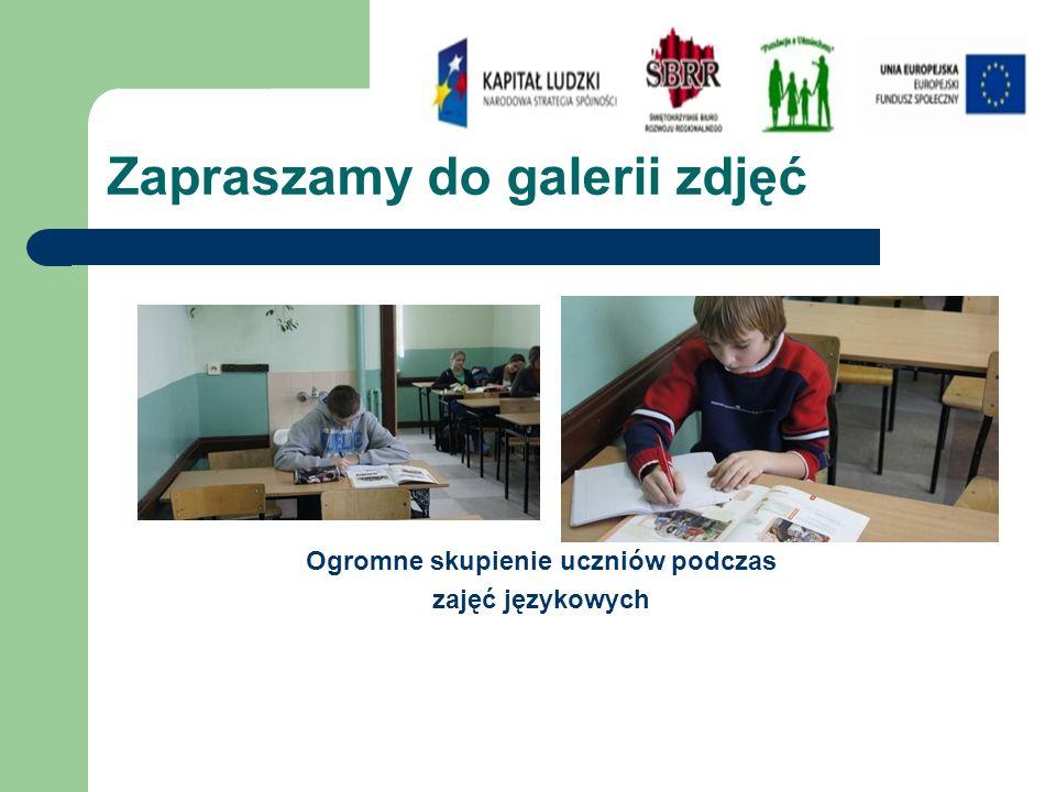 Zapraszamy do galerii zdjęć Ogromne skupienie uczniów podczas zajęć językowych