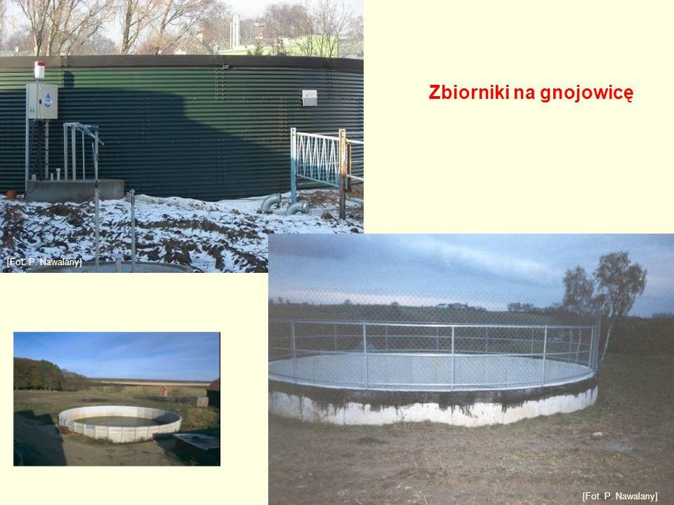 Zbiorniki na gnojowicę [Fot. P. Nawalany]