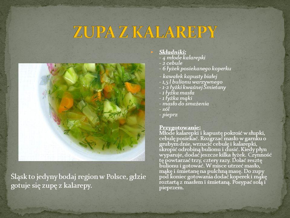Składniki: - 4 młode kalarepki - 2 cebule - 6 łyżek posiekanego koperku - kawałek kapusty białej - 1,5 l bulionu warzywnego - 1-2 łyżki kwaśnej Śmieta