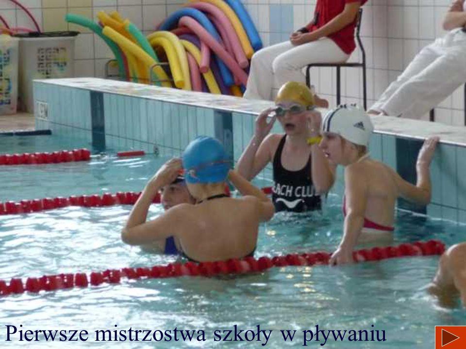 Pierwsze mistrzostwa szkoły w pływaniu