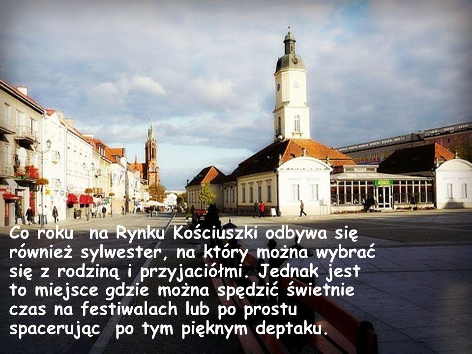 Co roku na Rynku Kościuszki odbywa się również sylwester, na który można wybrać się z rodziną i przyjaciółmi. Jednak jest to miejsce gdzie można spędz