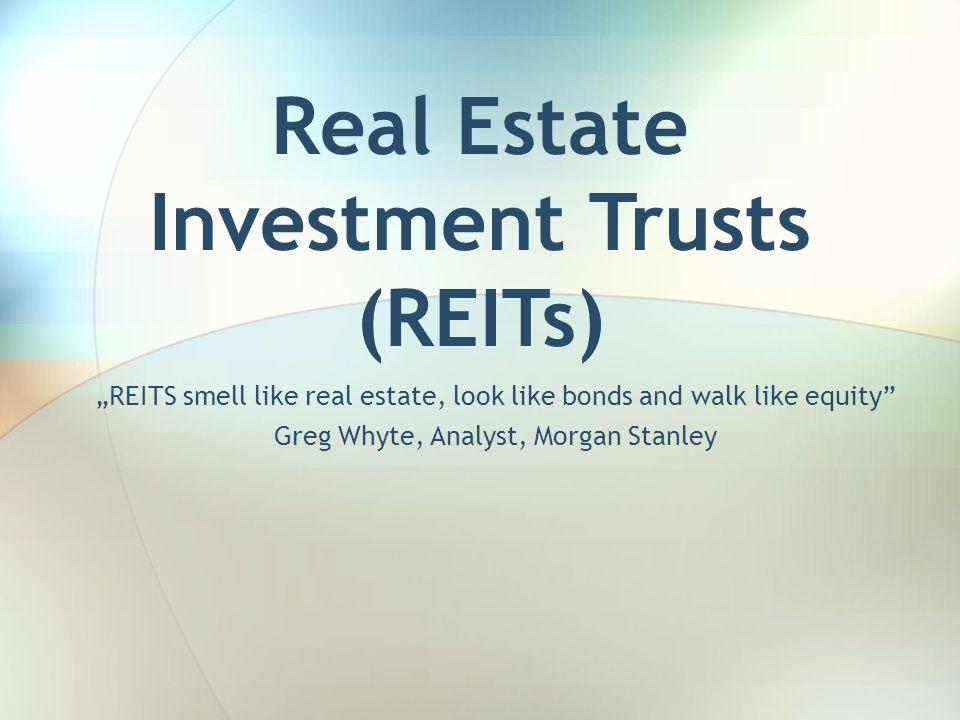 12 Podstawowe kategorie REITs Publiczne Equity REITs– posiadają i zarządzają generujące dochód nieruchomości Mortgage REITs – udzielają bezpośrednio kredytów hipotecznych (lub innych pożyczek) lub nabywają MBS.