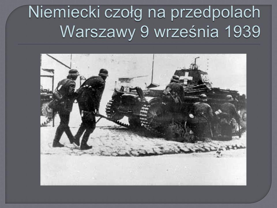  wejście wojsk radzieckich na terytorium Polski,  rozpoczęła się I bitwa pod Tomaszowem Lubelskim (do 20 września) 17/18 września - Rząd RP opuścił terytorium Polski.