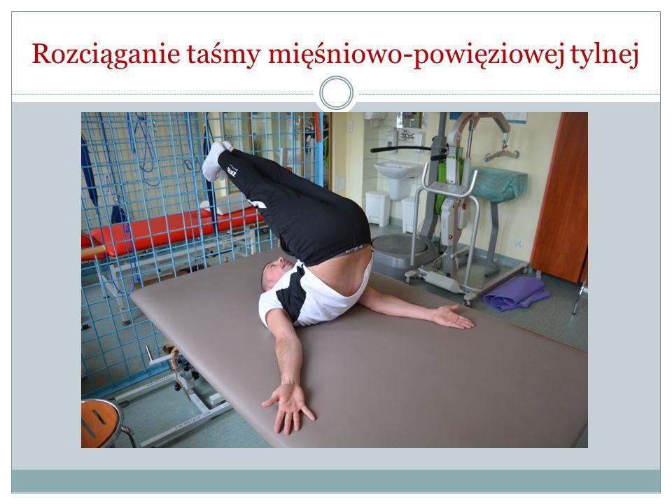 Rozciąganie taśmy mięśniowo-powięziowej tylnej
