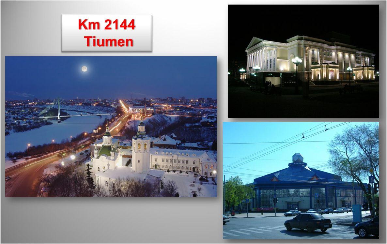 Katedra Ipatiev - dom zbudowany na miejscu, gdzie w roku 1918 zostali zamordowani car Mikołaj II i jego rodzina.