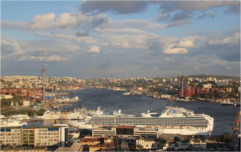 Km 9289Km 9289 Władywostok – Władywostok – koniec linii. Największy rosyjski port na Oceanie Spokojnym Km 9289Km 9289 Władywostok – Władywostok – koni