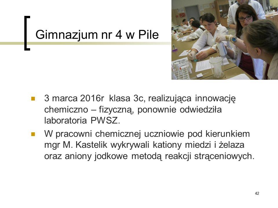 42 3 marca 2016r klasa 3c, realizująca innowację chemiczno – fizyczną, ponownie odwiedziła laboratoria PWSZ. W pracowni chemicznej uczniowie pod kieru