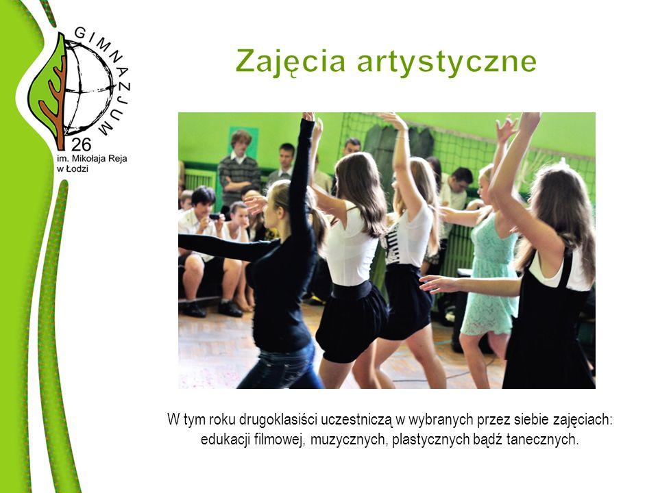 W tym roku drugoklasiści uczestniczą w wybranych przez siebie zajęciach: edukacji filmowej, muzycznych, plastycznych bądź tanecznych.