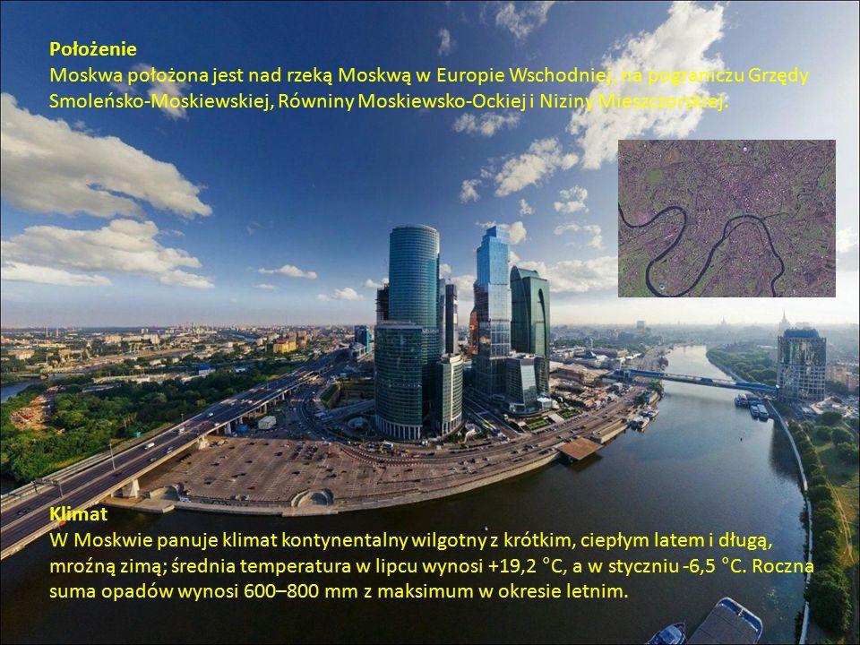 Położenie Moskwa położona jest nad rzeką Moskwą w Europie Wschodniej, na pograniczu Grzędy Smoleńsko-Moskiewskiej, Równiny Moskiewsko-Ockiej i Niziny Mieszczorskiej.