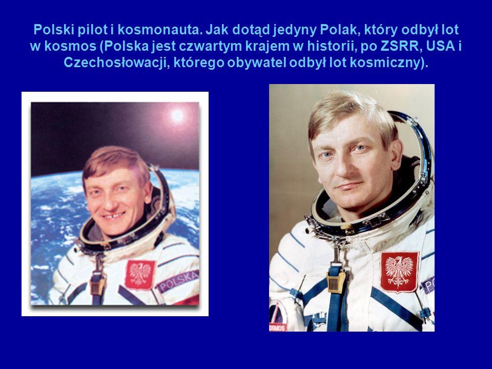 W 1978 wyłoniony w drodze selekcji z grona kilkuset polskich pilotów wraz z płk.