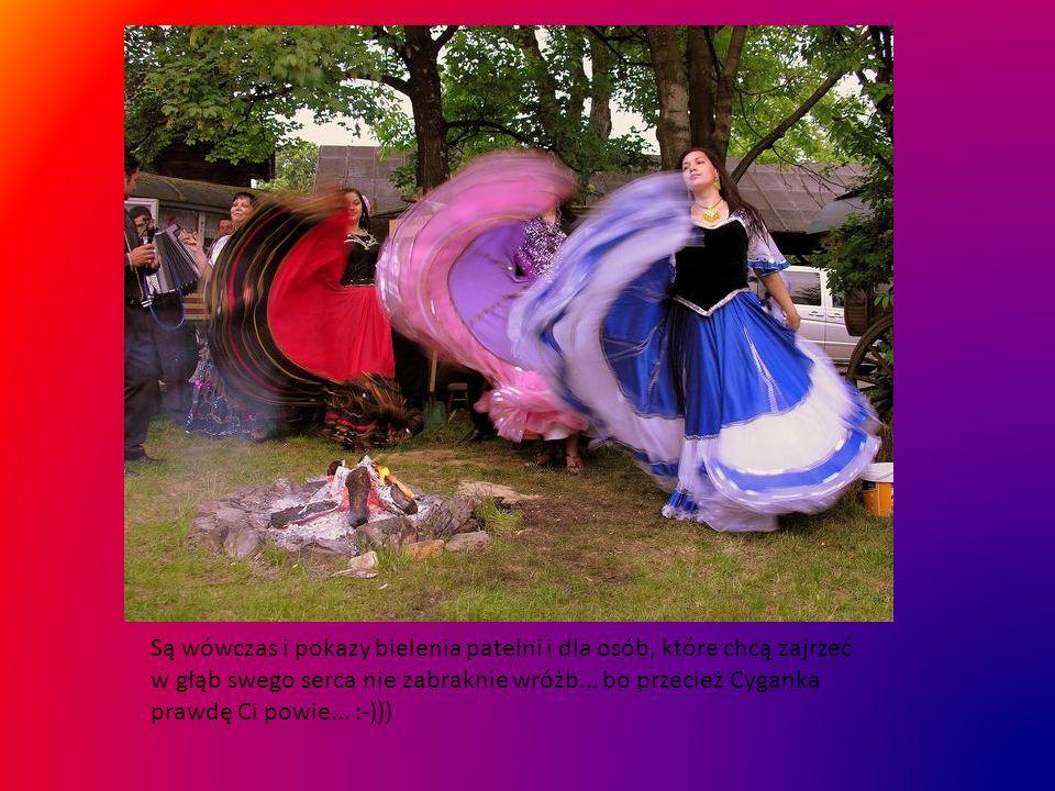 Gdyby to oczekiwanie się komuś zbyt dłużyło, zawsze może zaglądnąć na dziedziniec Muzeum Etnograficznego w Tarnowie, może będzie miał szczęście i utrafi tak jak podczas corocznej,,Nocy Muzeów,, na cygańskie tańce przy ognisku...