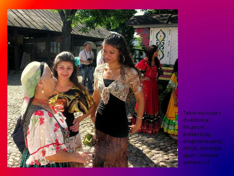 Założenia te służą świadomej budowie, wzmocnieniu narodowej tożsamości Romów, poczucia więzi z historią, więzi międzyplemiennej...