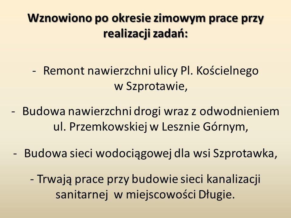 Wznowiono po okresie zimowym prace przy realizacji zadań: -Remont nawierzchni ulicy Pl. Kościelnego w Szprotawie, -Budowa nawierzchni drogi wraz z odw