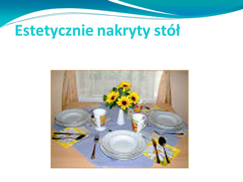 Estetycznie nakryty stół