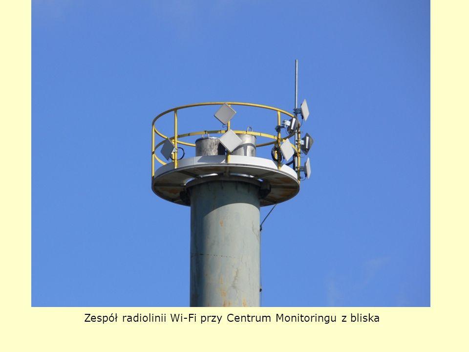 Zespół radiolinii Wi-Fi przy Centrum Monitoringu z bliska