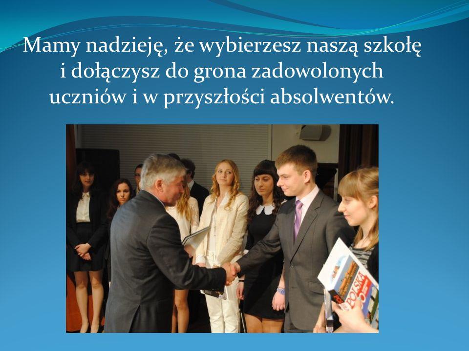 Wychowawca: mgr Monika Marciniak Jest to profil skierowany zwłaszcza do osób, które w przyszłości pragną studiować kierunki ekonomiczne i inne związane z gospodarką i zarządzaniem.