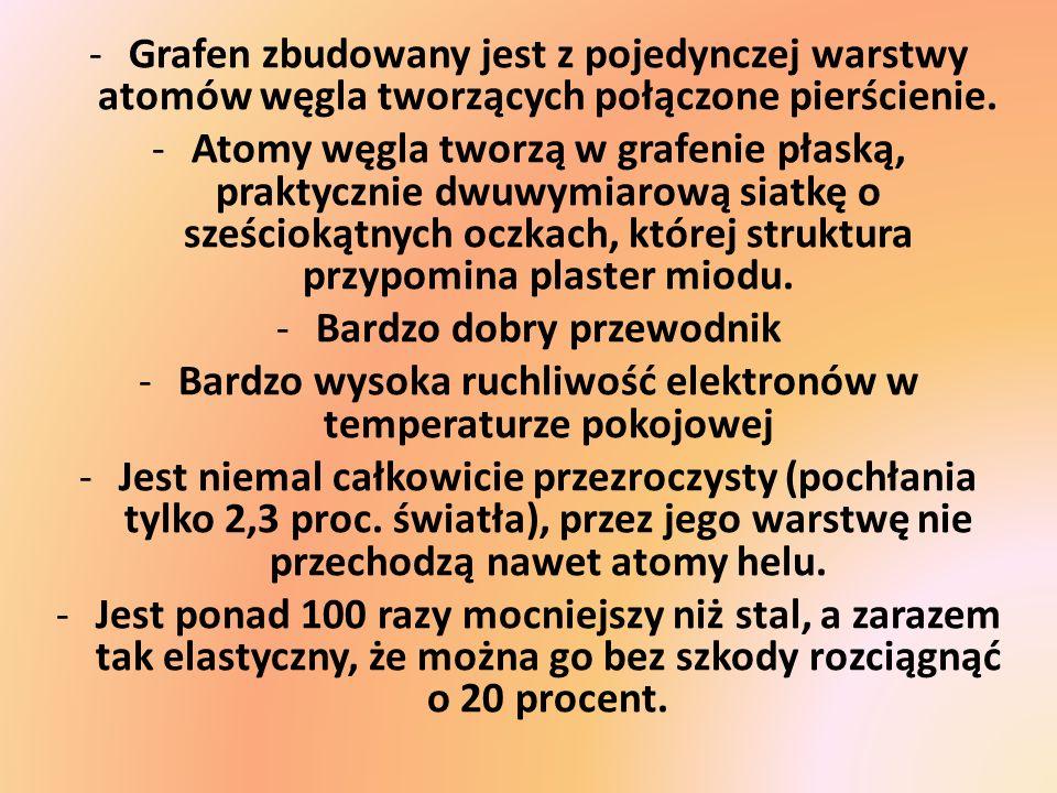 -Grafen zbudowany jest z pojedynczej warstwy atomów węgla tworzących połączone pierścienie. -Atomy węgla tworzą w grafenie płaską, praktycznie dwuwymi