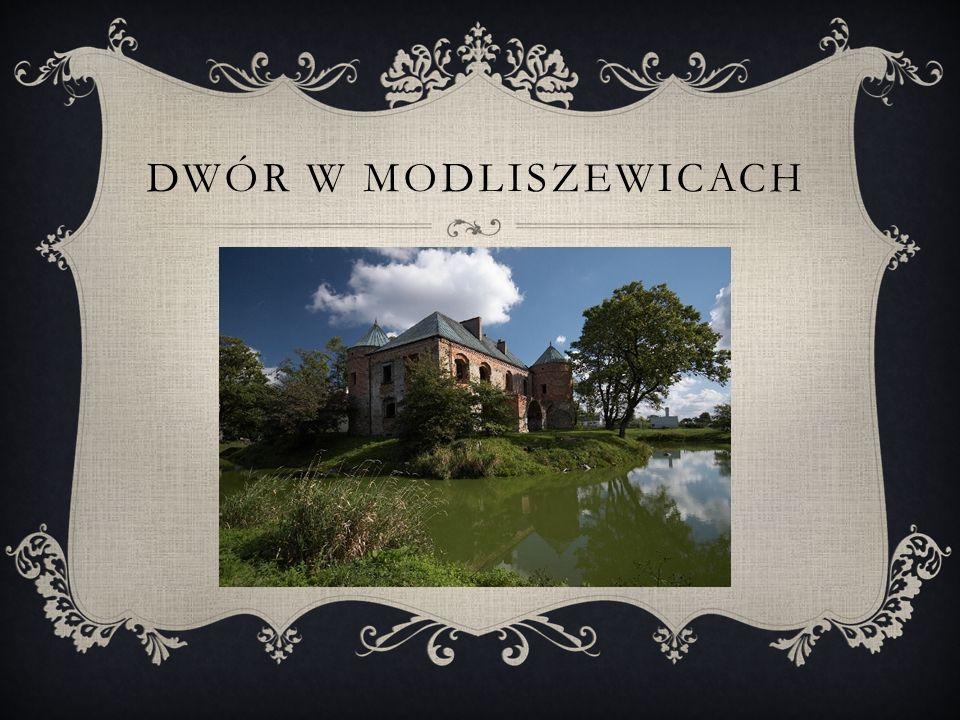 DWÓR W MODLISZEWICACH