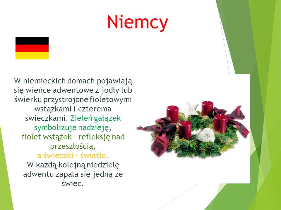 Niemcy W niemieckich domach pojawiają się wieńce adwentowe z jodły lub świerku przystrojone fioletowymi wstążkami i czterema świeczkami.