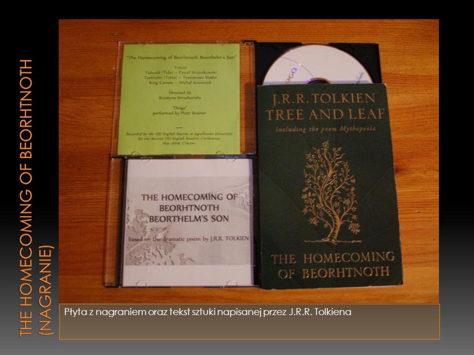 Płyta z nagraniem oraz tekst sztuki napisanej przez J.R.R. Tolkiena