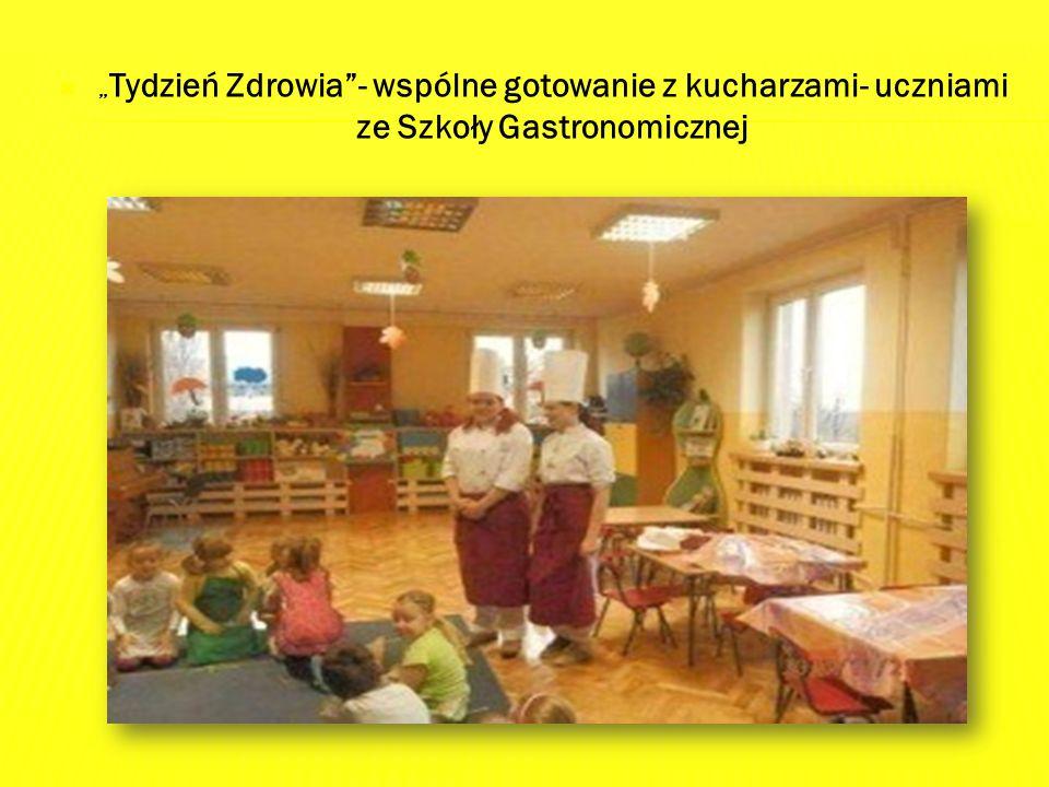 """ """" Tydzień Zdrowia - wspólne gotowanie z kucharzami- uczniami ze Szkoły Gastronomicznej"""