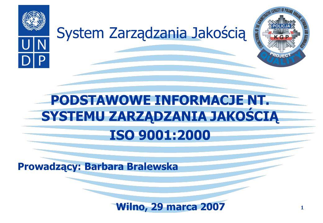 2 Definicje Koncepcja zarządzania jakością Historia powstania norm serii ISO 9000 8 zasad zarządzania jakością Zasady wdrażania Systemu Zarządzania Jakością w jednostce policji Korzyści z wdrożenia Systemu Zarządzania Jakością zgodnego z normą ISO 9001:2000