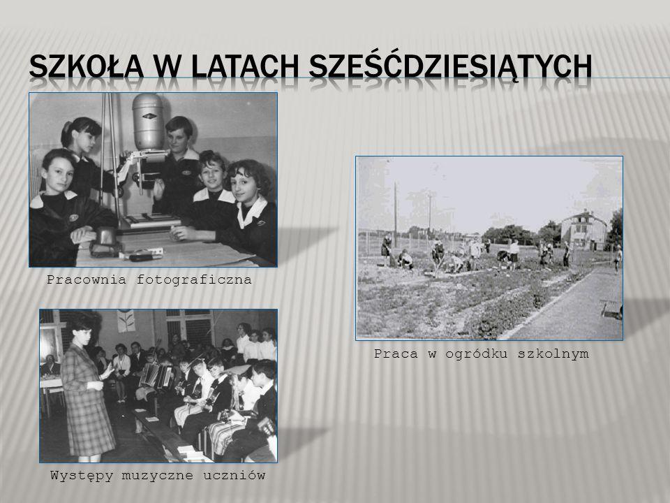 Hymn szkoły – w wyniku konkursu zakwalifikowano dwa utwory: 1.Szymona Bończaka – nauczyciela, 2.Grażyny Bielawskiej – uczennicy.