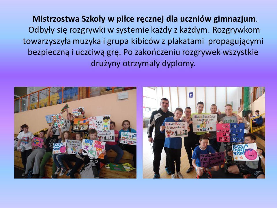 Mistrzostwa Szkoły w piłce ręcznej dla uczniów gimnazjum.