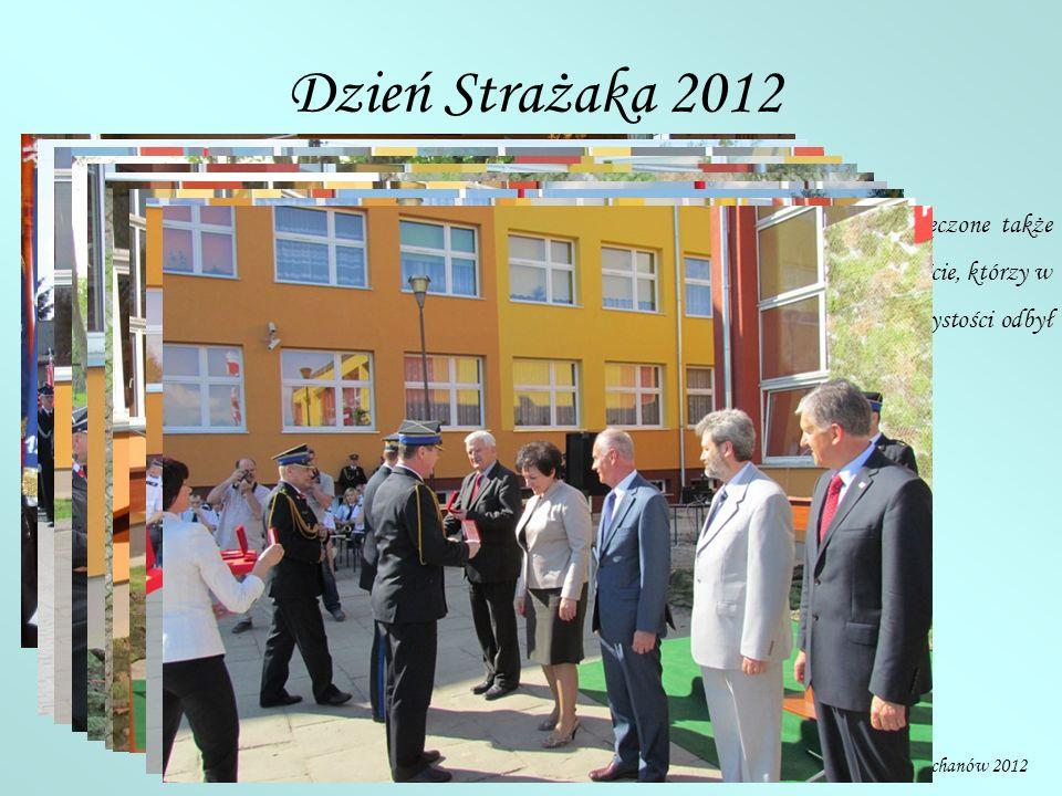 Dzień Strażaka 2012 Z okazji jubileuszu 20-lecia powołania Państwowej Straży Pożarnej zostały wręczone także medale okolicznościowe oraz dyplomy.
