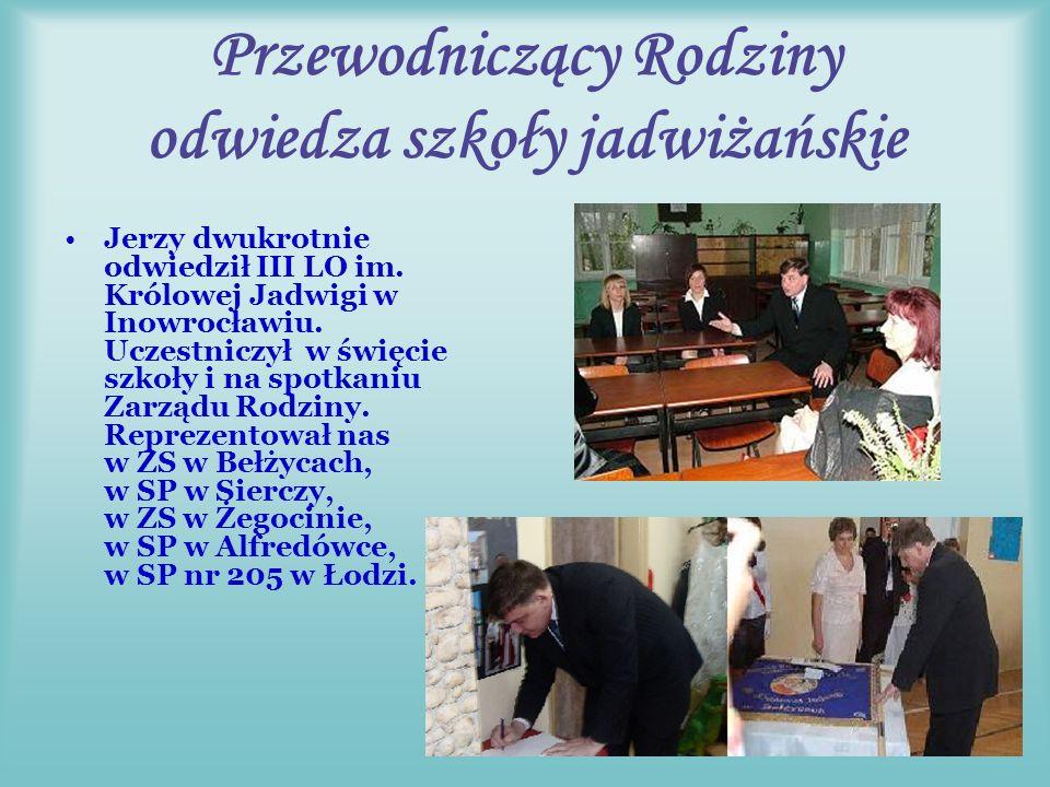 Z nami na Pielgrzymce Przewodniczący na uroczystej Mszy świętej odczytał Akt oddania Rodziny Szkół Matce Bożej na Jasnej Górze.