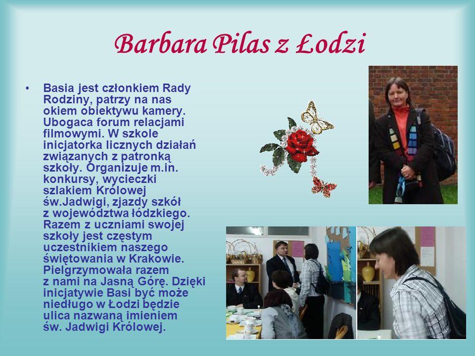 Danuta Pączek i Teresa Stachoń z Żegociny W Zespole Szkół w Żegocinie są trzy osoby wyróżnione perełką: dyrektor p.
