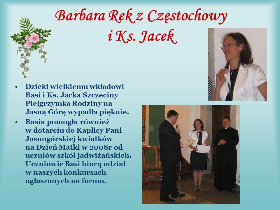 Barbara Pilas z Łodzi Basia jest członkiem Rady Rodziny, patrzy na nas okiem obiektywu kamery.