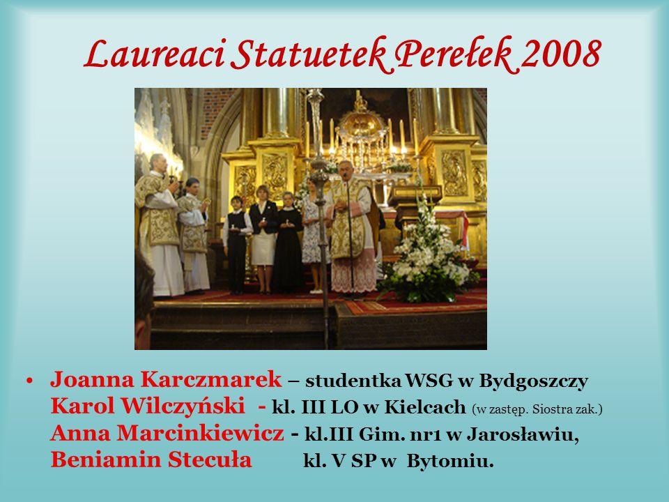 Maria Latała Jest członkiem Rady Rodziny.