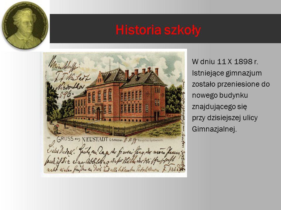 7 lipca 1945 roku Kuratorium Okręgu Szkolnego w Katowicach podjęło decyzję o utworzeniu Gimnazjum i Liceum Męskiego.