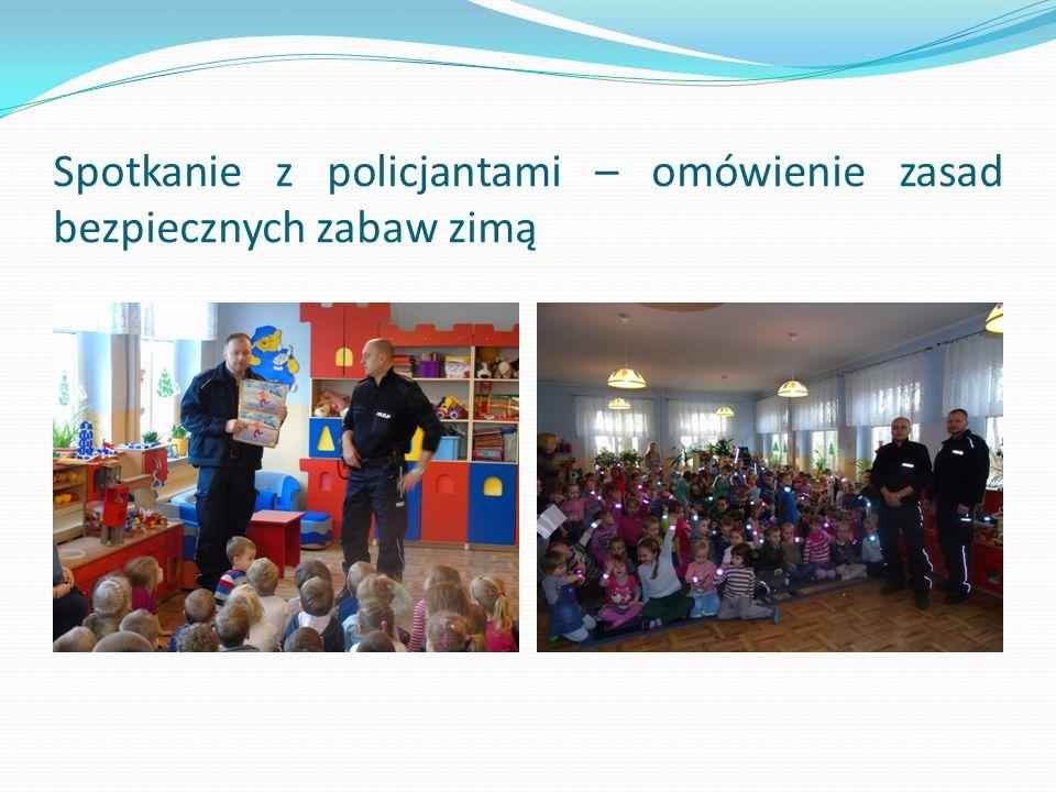 Spotkanie z policjantami – omówienie zasad bezpiecznych zabaw zimą