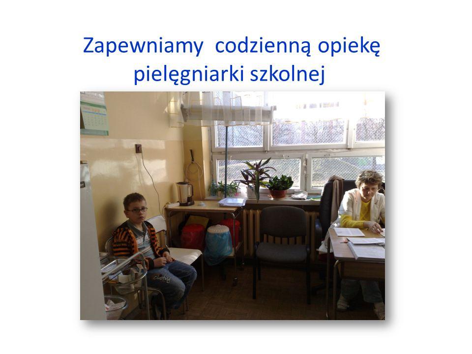 Zapewniamy codzienną opiekę pielęgniarki szkolnej