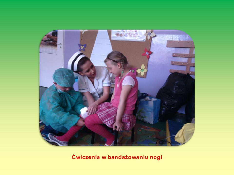 Ćwiczenia w bandażowaniu nogi